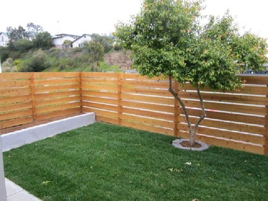modelos de cerca de madeira para jardim