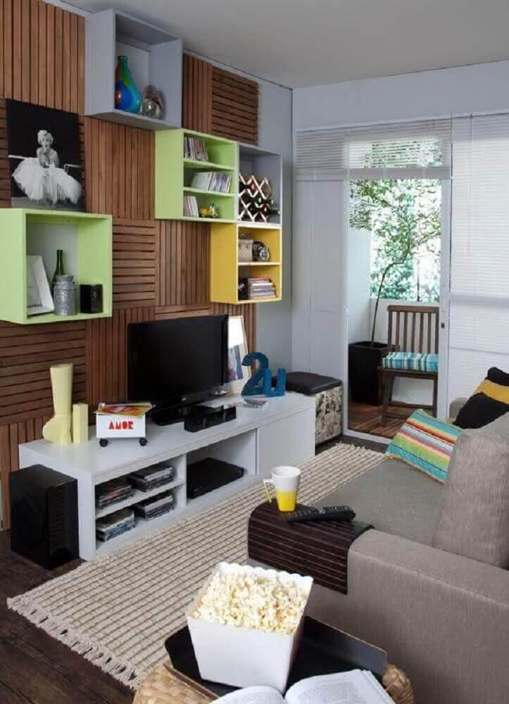 modelos de nichos coloridos para sala de TV