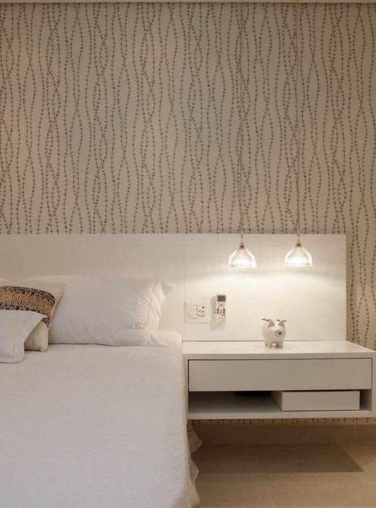 papel de parede para quarto de casal com estampa simples e delicada