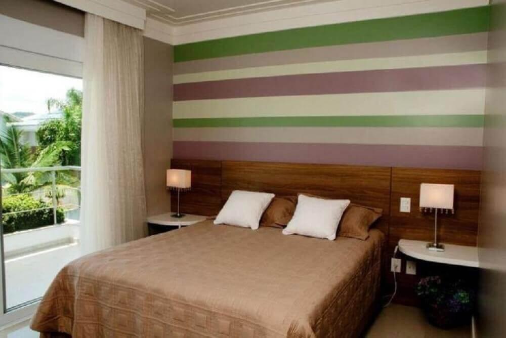 papel de parede para quarto de casal com listras coloridas