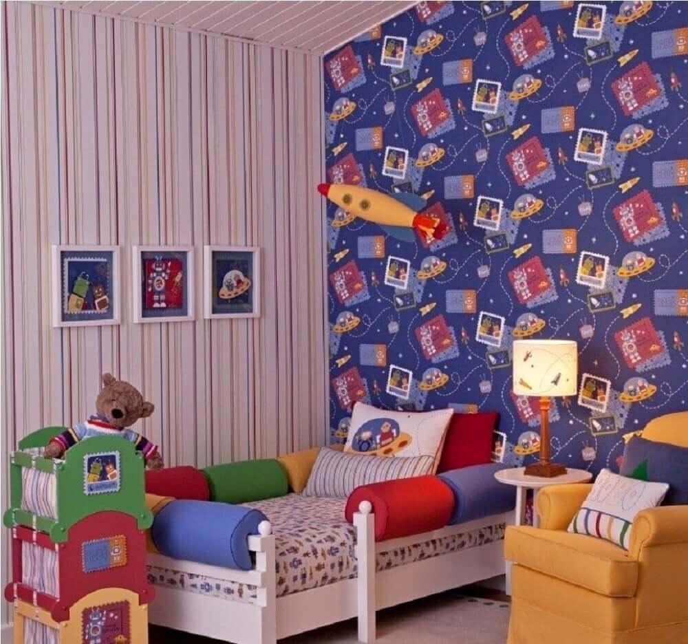 papel de parede para quarto infantil com tema do espaço