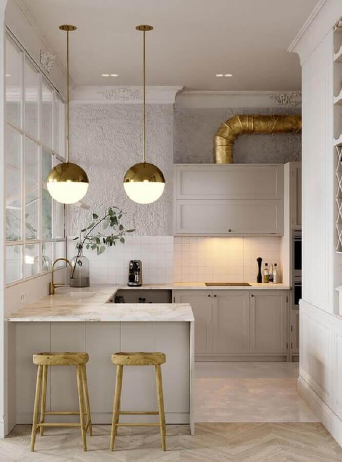 pendente redondo com detalhe dourado para cozinha planejada Foto Behance