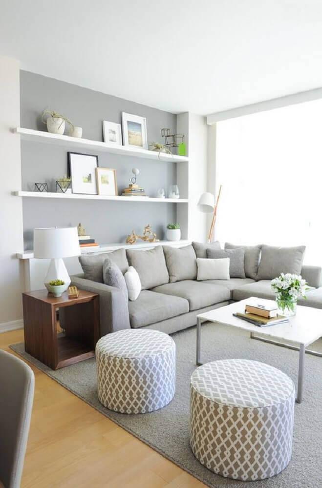 puff redondo para sala de estar com estampa geométrica