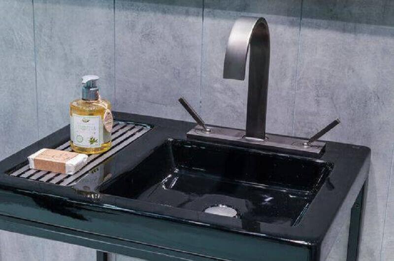 torneira para pia de banheiro com acabamento fosco e misturador