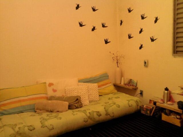 Adesivos de parede para quarto de origami Projeto de Thais Mendes