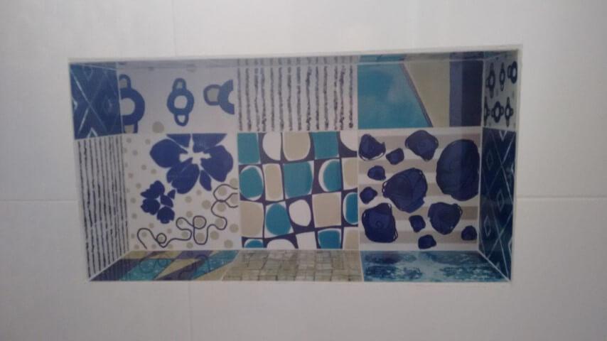 Azulejo para banheiro em detalhe Projeto de Christian Ekizzy Fritzsons