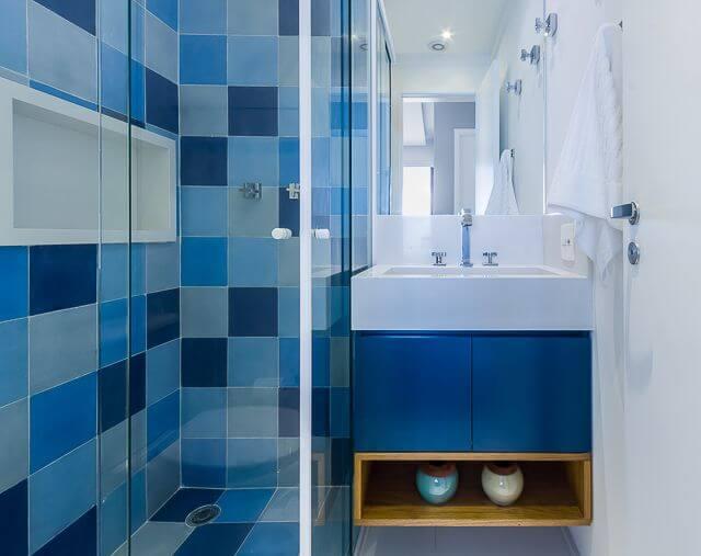 Azulejo para banheiro no box Projeto de Duda Senna