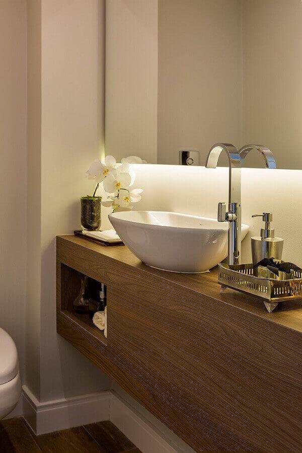 Bancada de banheiro em madeira lavabo