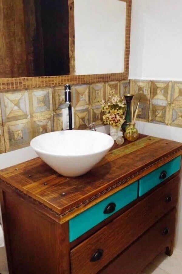 Bancada de banheiro madeira demolição