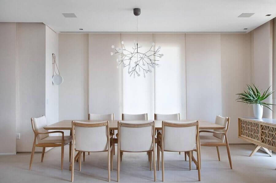 Decoração clean e moderna com buffet para sala de jantar com design diferente