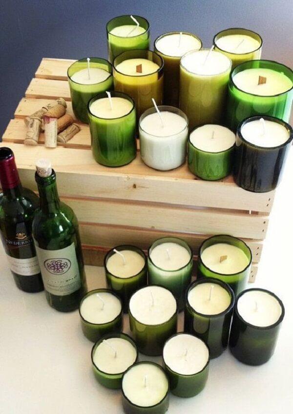 Como cortar garrafa de vidro: crie diversos suportes para vela a partir do artesanato. Fonte: Pinterest