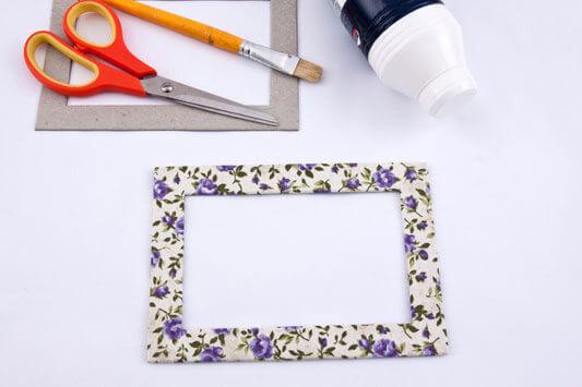 Como fazer porta-retrato com tecido