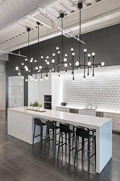 Cozinha com papel de parede 3D cinza