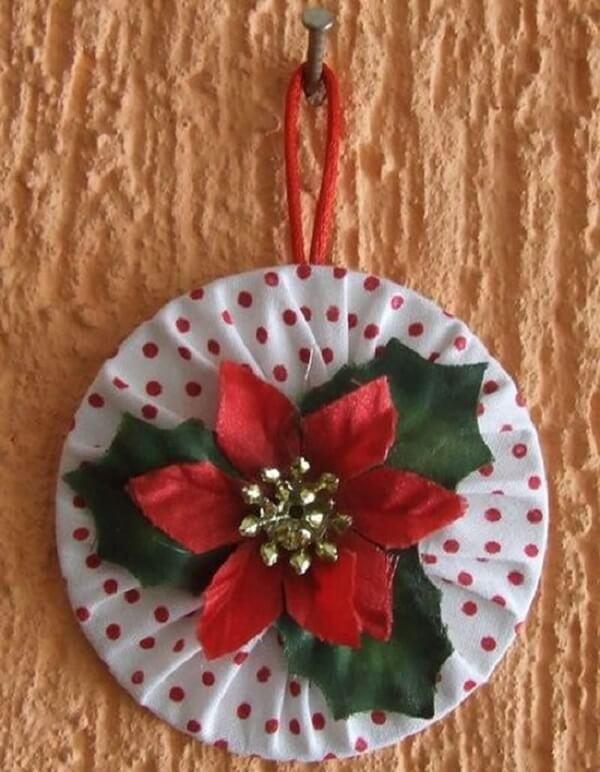 Crie um lindo enfeite de parede por meio do artesanato com CD