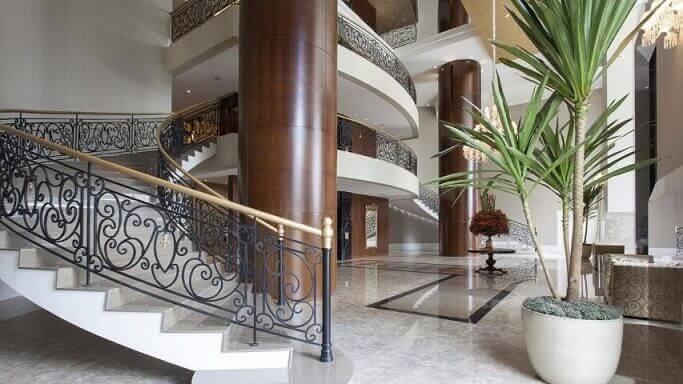 Escada de ferro Projeto de Jayme Bernardo