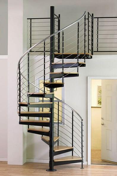Escada de ferro em espiral com aço inox