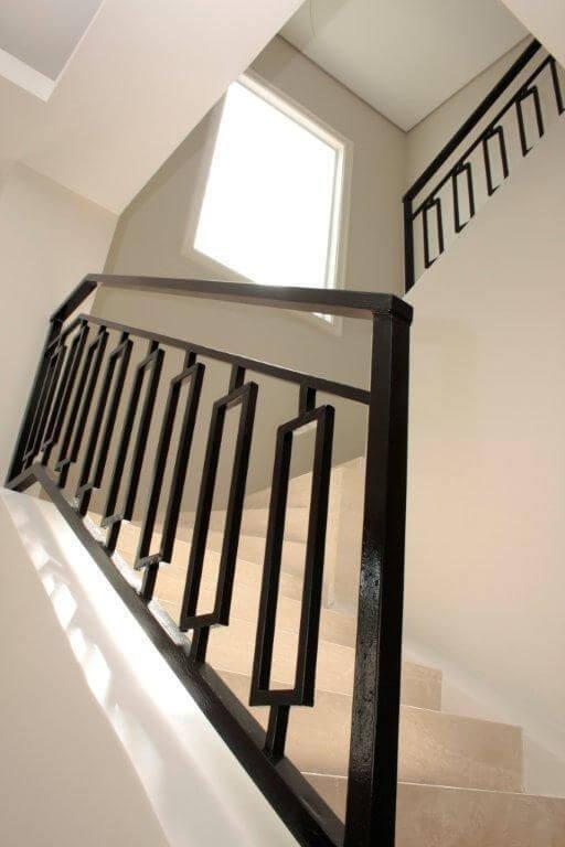 Escada de ferro preto Projeto de Karla Silva