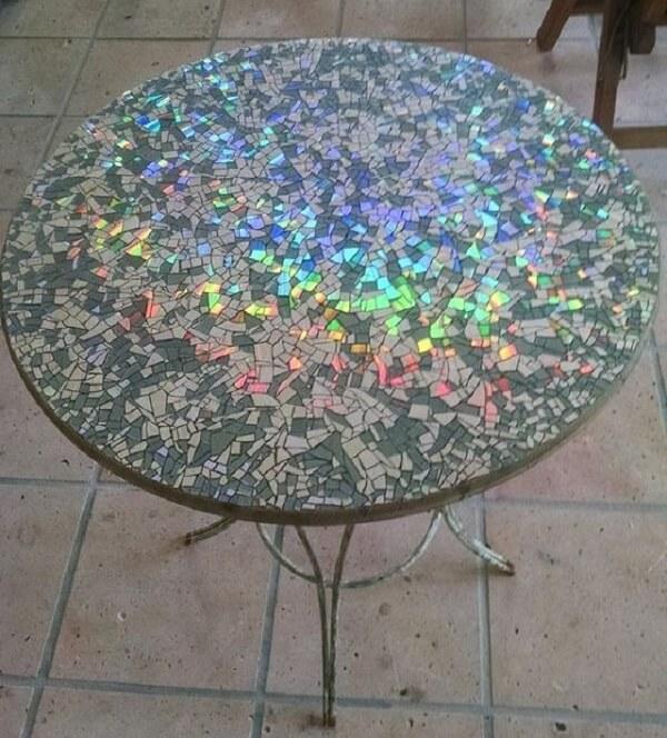 Faça mosaicos a partir do artesanato com CD