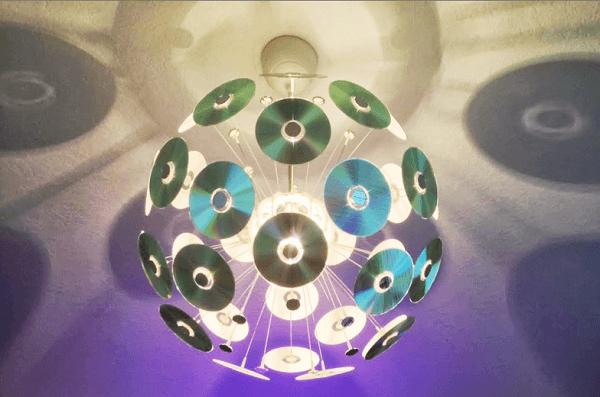 Forme um lindo globo com CDs antigos