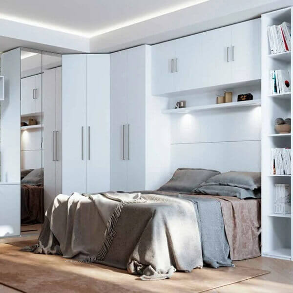 Guarda roupa modulado com acabamento branco. Fonte: Homedock