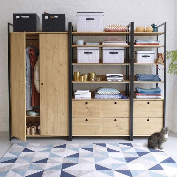 Guarda roupa modulado com acabamento estilo industrial. Fonte: Pinterest