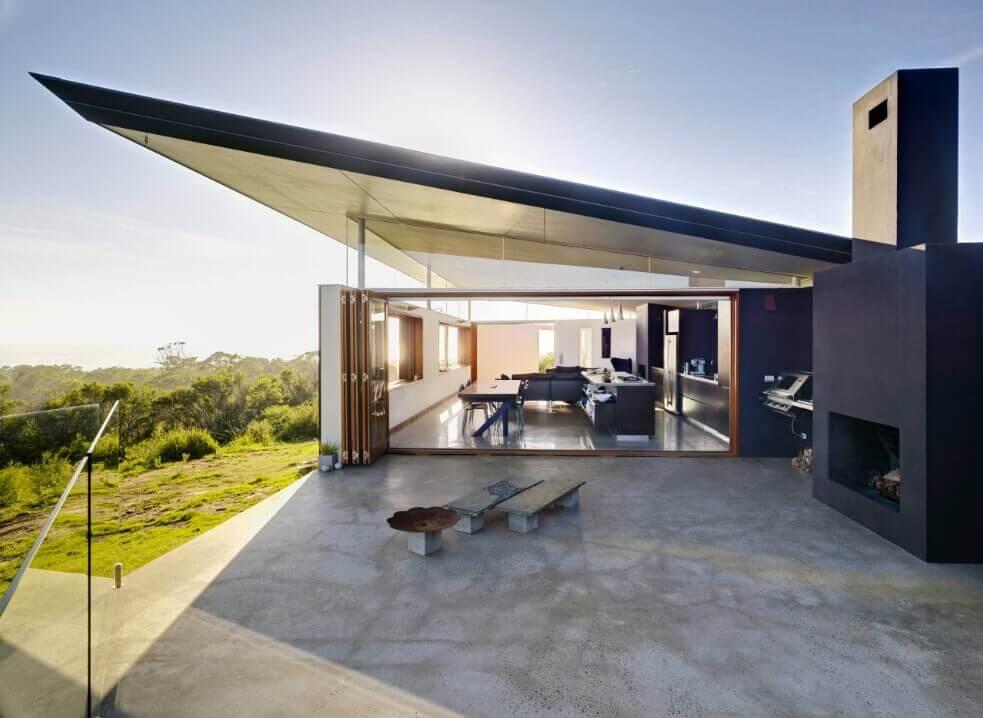 Mansão com telhado diferenciado