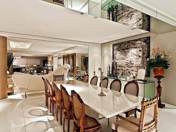 Mesa para sala de jantar em granito