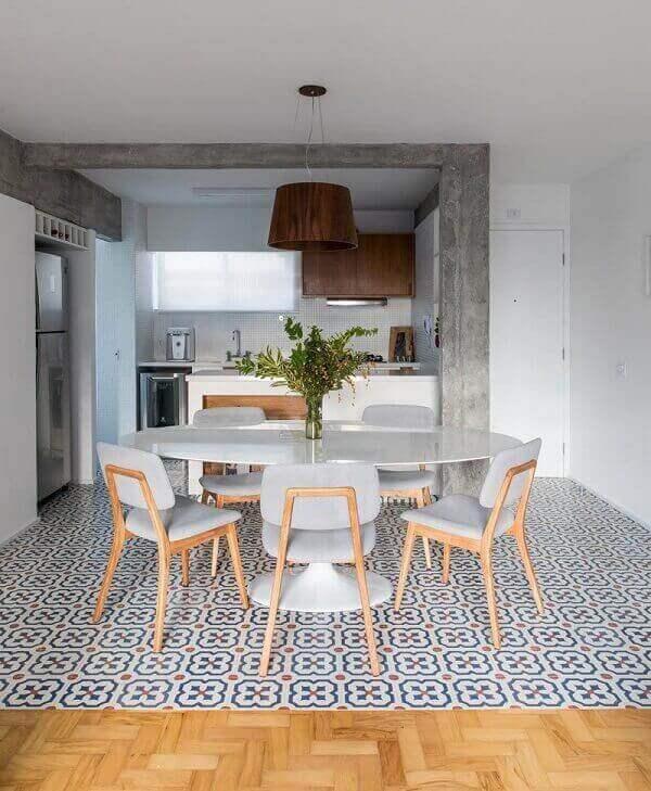 Mesa para sala de jantar oval branca