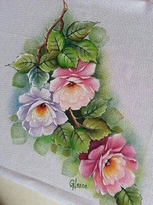 Pintura em tecido com rosas