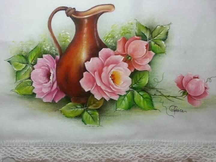 Pintura em tecido com vaso e flores