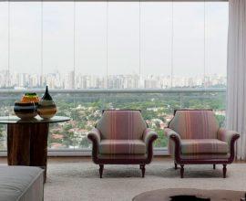 Poltronas para sala de estar estampadas Projeto de Olegário de Sá
