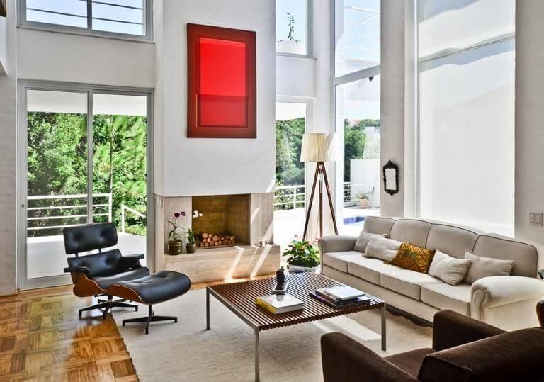 Poltronas para sala de estar pretas Eames Projeto de Jannini Sagarra Arquitetura