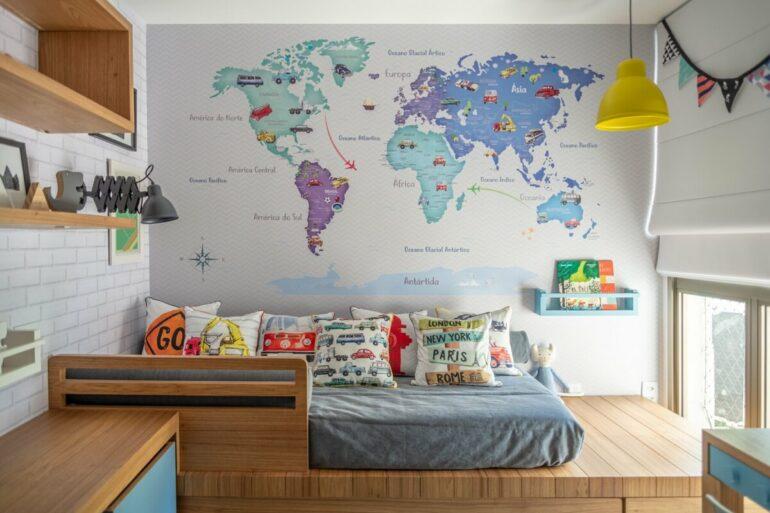 Renove a decoração e aposte em adesivos de parede para quarto. Fonte: Nina Moraes Design