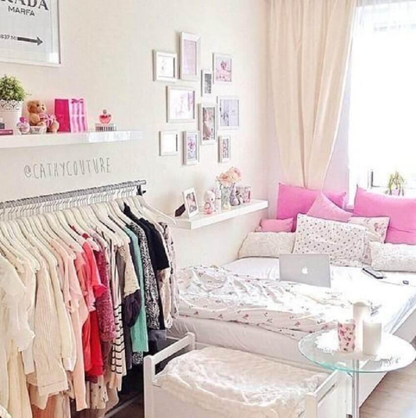 arara de roupa para quartos decorados femininos