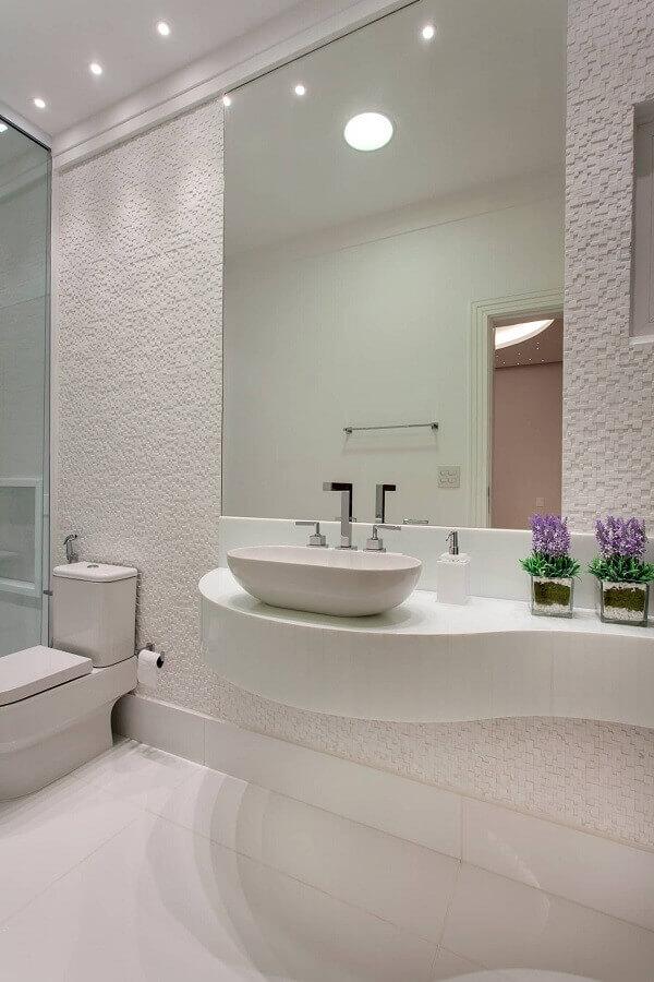 bancada de porcelanato para banheiro todo branco Foto Pinterest