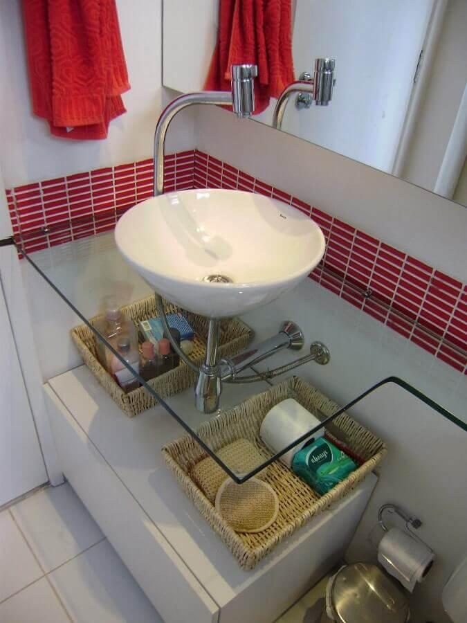 bancada de vidro para banheiro com cuba de porcelana Foto Érica Rocha