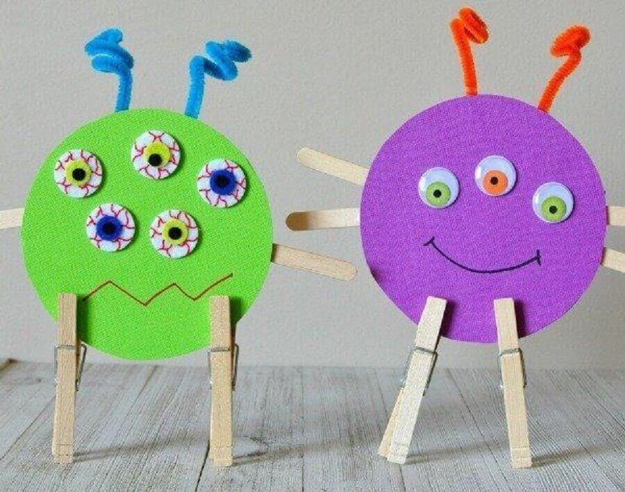 brinquedos divertidos feitos de artesanato com CD
