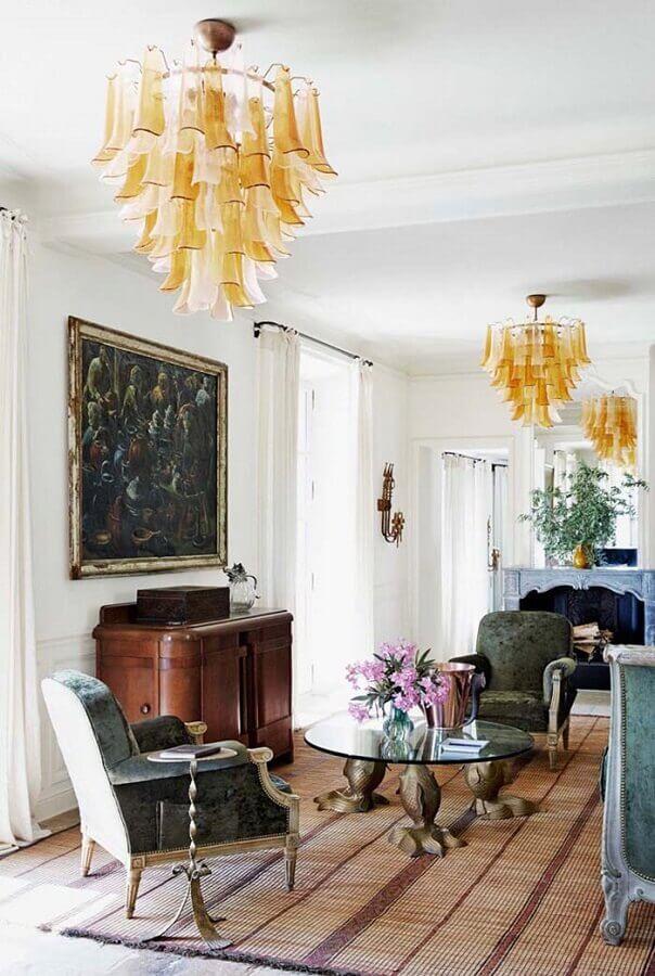casa decorada com móveis provençal rústico