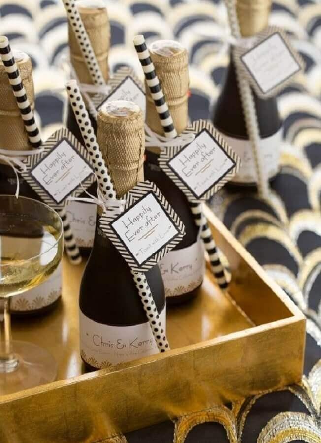 champagne lembrancinhas de casamento