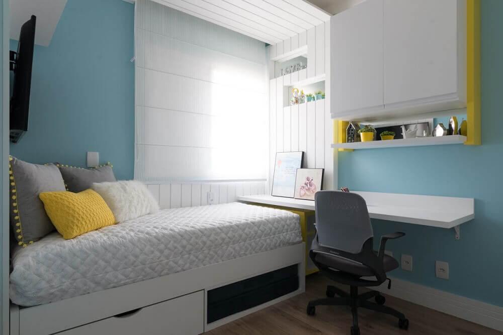 cores para casa com quarto azul e branco