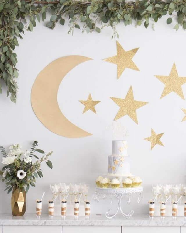 decoração de festa do pijama com luas e estrelas Foto Pinterest
