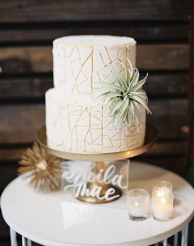 decoração moderna para bolo de casamento 2 andares