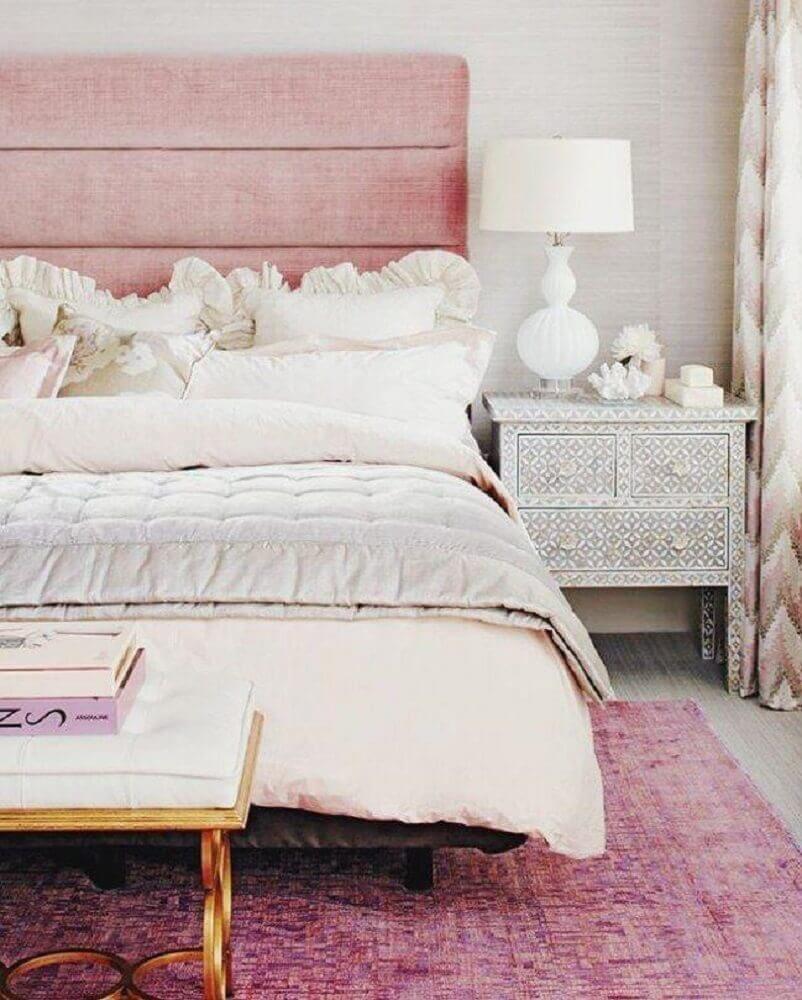 decoração para quarto feminino jovem com cabeceira estofada cor de rosa