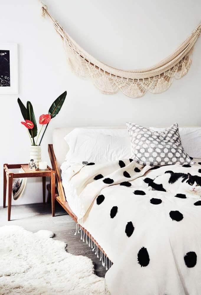 decoração simples para quarto com cama japonesa