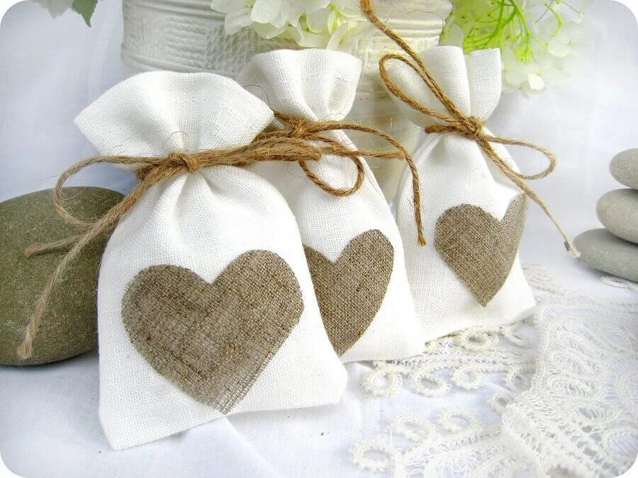 embalagem rústica para lembrancinhas de casamento simples
