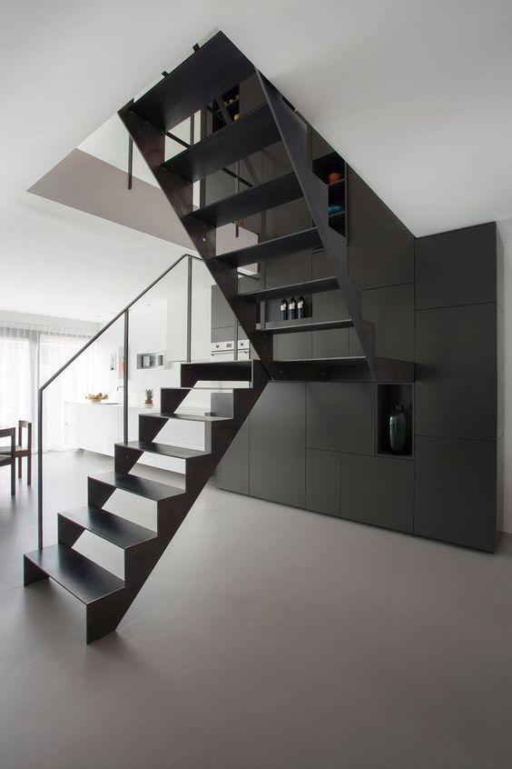 escada de ferro - escada de ferro preto