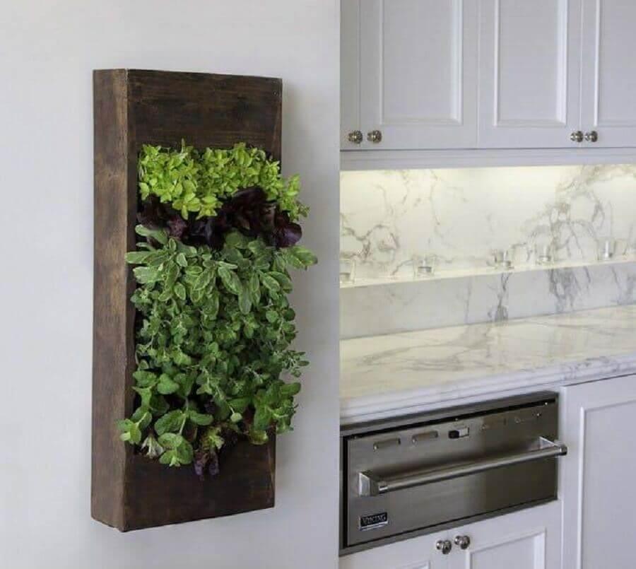 horta vertical para cozinha gourmet