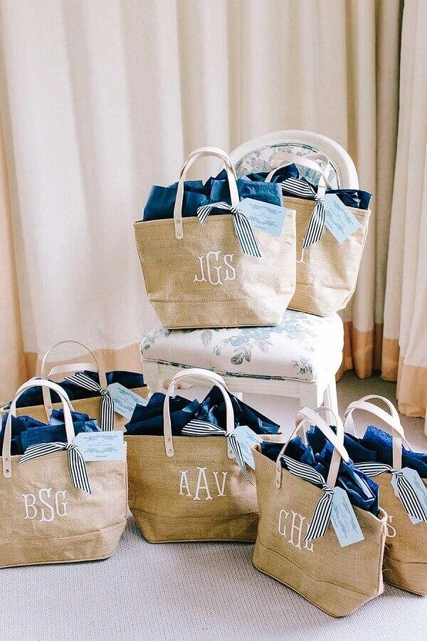 kit de lembrancinhas de casamento simples na praia