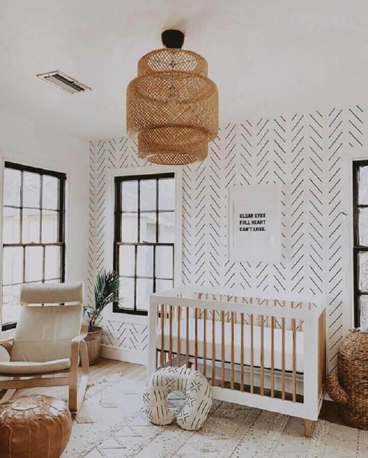 lustre para quarto de bebê com acabamento rústico Foto Pinterest