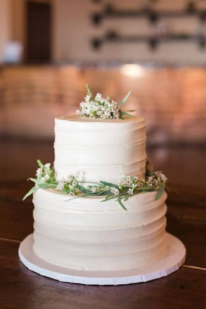 modelo de bolo simples de casamento com estillo moderno